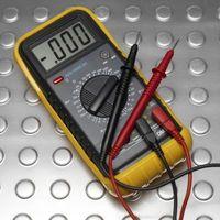 Come a controllare per vedere se un condensatore è ancora buono?