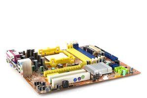 Come installare una scheda madre in un eMachine T6534