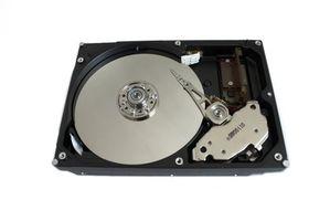 Come rimuovere e sostituire il disco rigido del Laptop di Lenovo ThinkPad Edge