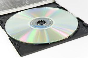 Come installare un'unità DVD nel G4 Quicksilver