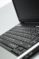 Come riparare un computer portatile che fa un rumore scattantesi
