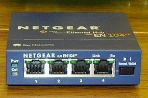 Qual è la differenza tra un Router & Hub?