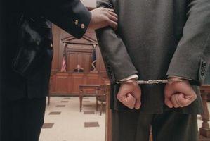 Come a cercare una fedina penale gratis con nessuna registrazione?