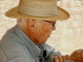 Attività di Web facile per gli anziani