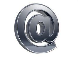 Come aggiungere Twitter a un'E-mail