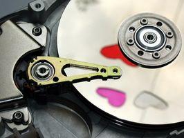 Come installare un nuovo Hard Disk sul mio computer portatile eMachines