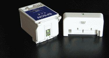 Come cambiare le cartucce d'inchiostro Epson Stylus C43 serie