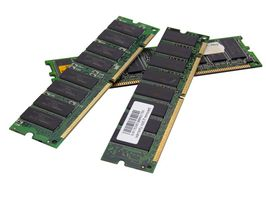 La differenza tra DDR DIMM & DDR SDRAM