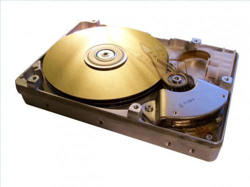 Come aggiungere un disco rigido SCSI