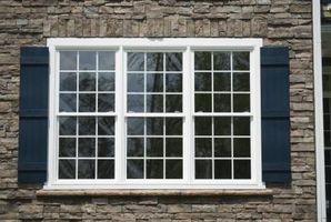 Come coprire le finestre con persiane