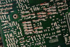 Come pulire circuiti che aveva perdite di condensatori