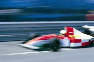 Come fare adesivi per una macchina da corsa