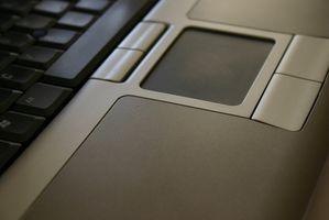Come ad accendere un Synaptics Touchpad?