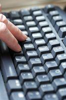Come convertire una tastiera del computer portatile in una tastiera Desktop