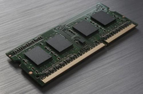 Come controllare la tensione di RAM