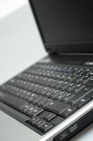 Come smontare un computer portatile di IBM 380D