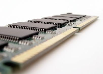 Come sostituire la scheda madre su un Dell Inspiron 6000
