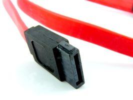 Come collegare un SATA a una scheda madre GT5228 di Gateway